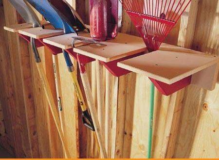 Tutorial: costruire una rastrelliera in legno per gli attrezzi da giardino